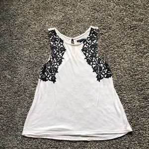 ⬇️🦅American Eagle Outfitters Floral Tank Top 🦅